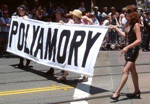 Polyamory_pride_in_San_Francisco_2004